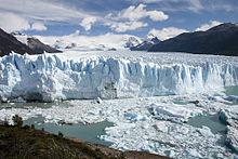 220px-Perito_Moreno_Glacier_Patagonia_Argentina_Luca_Galuzzi_2005